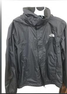 the north face  resolve jacket2