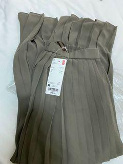 全新含吊牌/Uniqlo雪紡細褶長裙/Olive橄欖褐棕