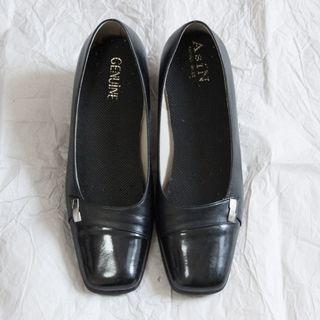 專櫃 黑色 真皮 22.5 低跟 包鞋 OL鞋