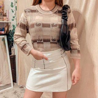 Pattern sweater