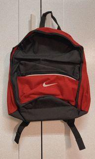 全新 有兩色 Nike 後背包
