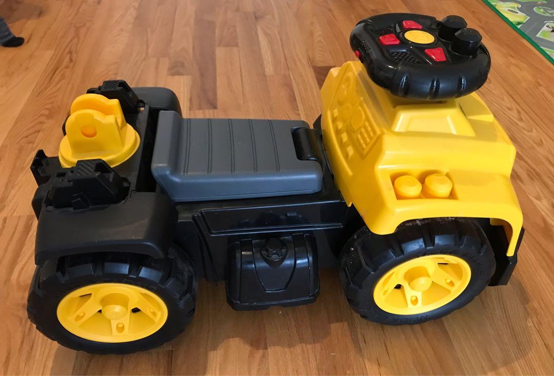 EUC Mega Bloks cat ride on toy (with truck sound) - for 1 to 3 years old - AS battery x 2 (for truck sound)