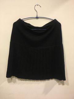 黑色毛料百折裙