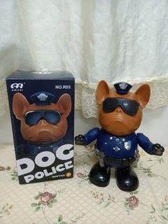 會唱歌跳舞的警犬