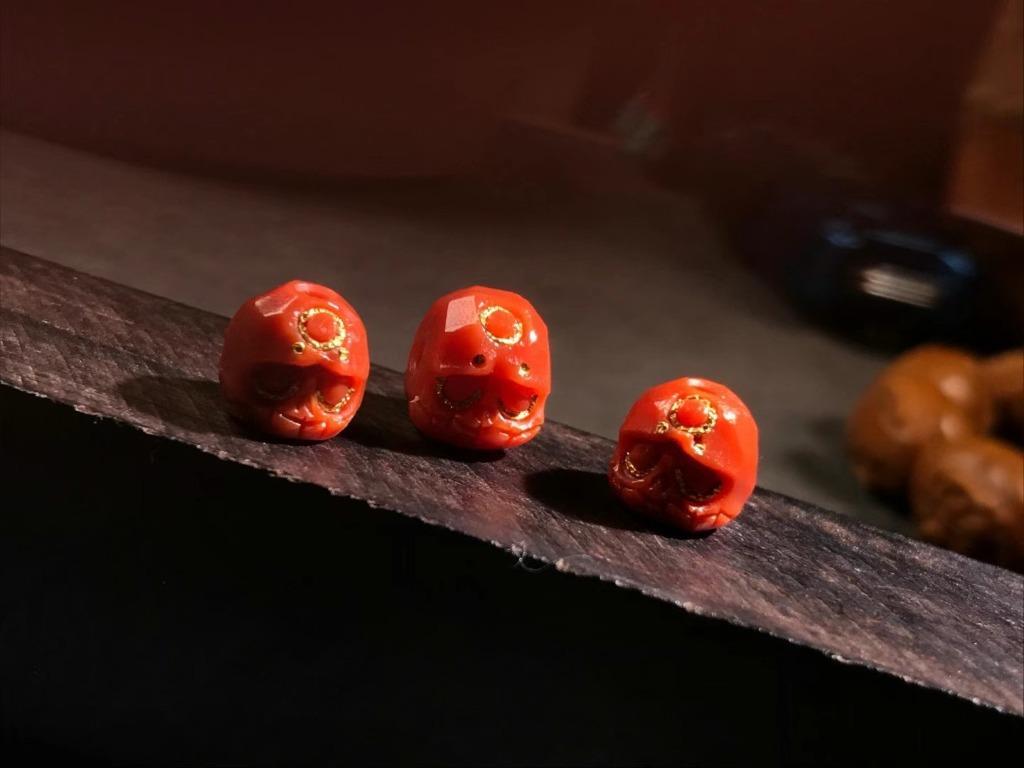 「配飾」 南紅阿呆套裝 甄選純色瓦西 肉眼無紋 膠質感強 顏色紅潤 配串提神 女神款的產品  適合7以下的串 福利價3689🉐
