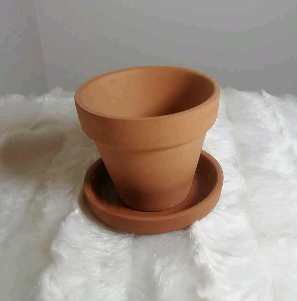 Baby Terracotta Planter (1.5 inches wide)