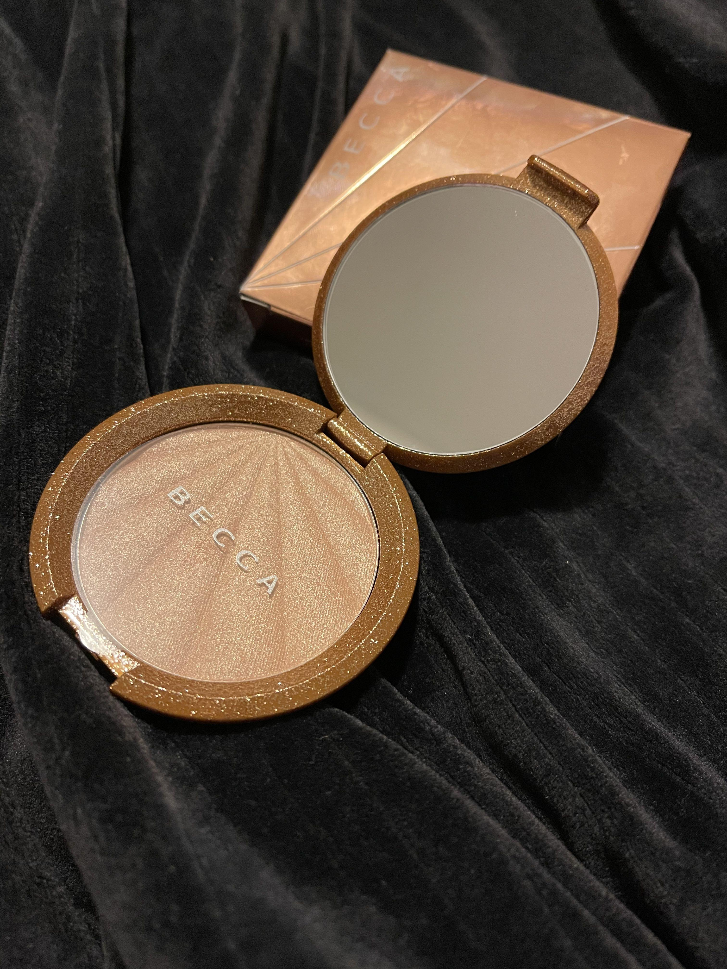 BECCA Collectors Edition Champagne Pop Highlight