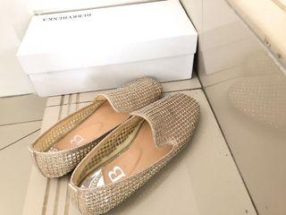 Berrybenka Beads Gold Shoes
