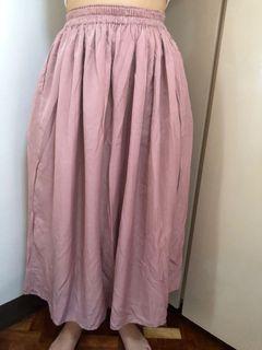 Brandnew Uniqlo Pink Skirt