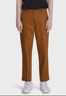 Levi's Chino Straight Cropped size 29