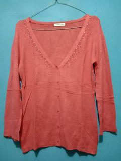 Sweater rajut v neck impor size fit to M good condition