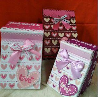二手禮品盒~上掀蓋長方形禮品盒~四個150元