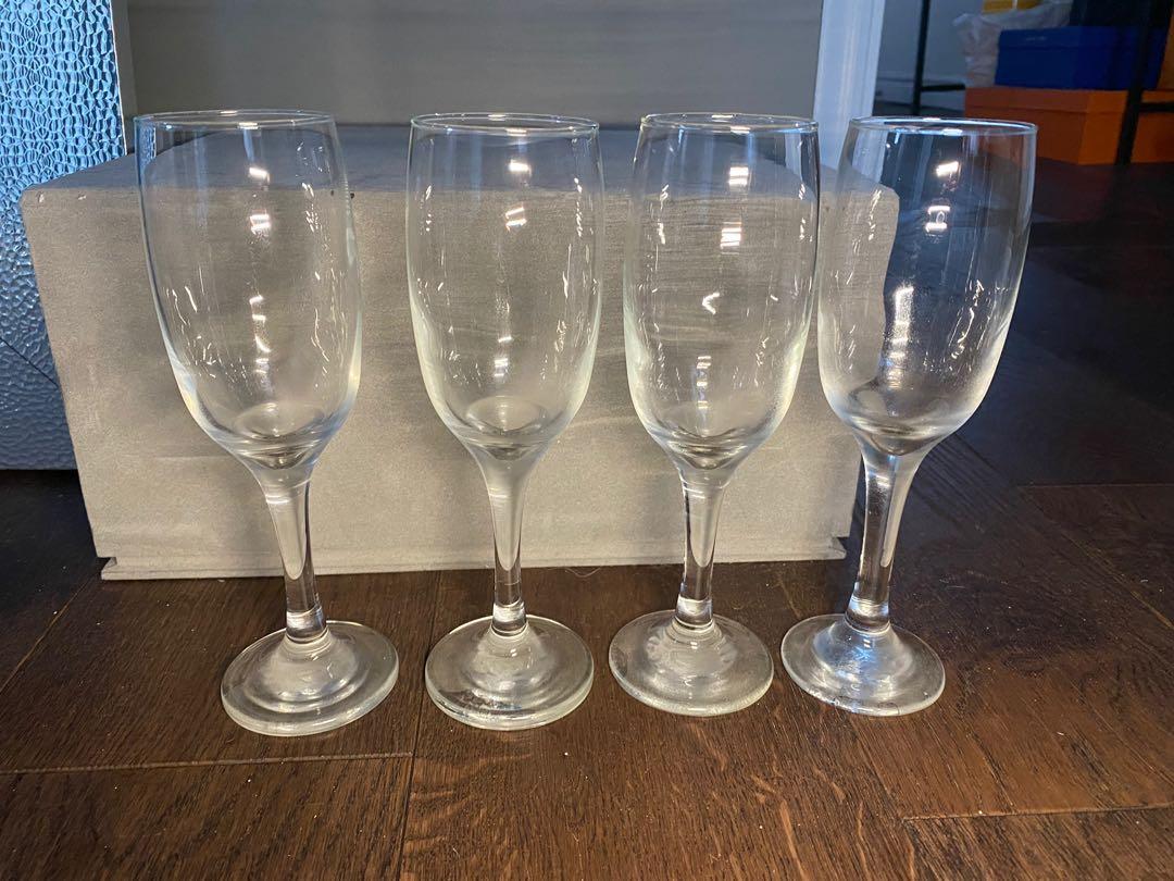 4 champagne flutes