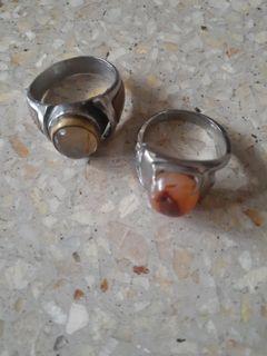 Batu cincin lengkap dengan ikatan