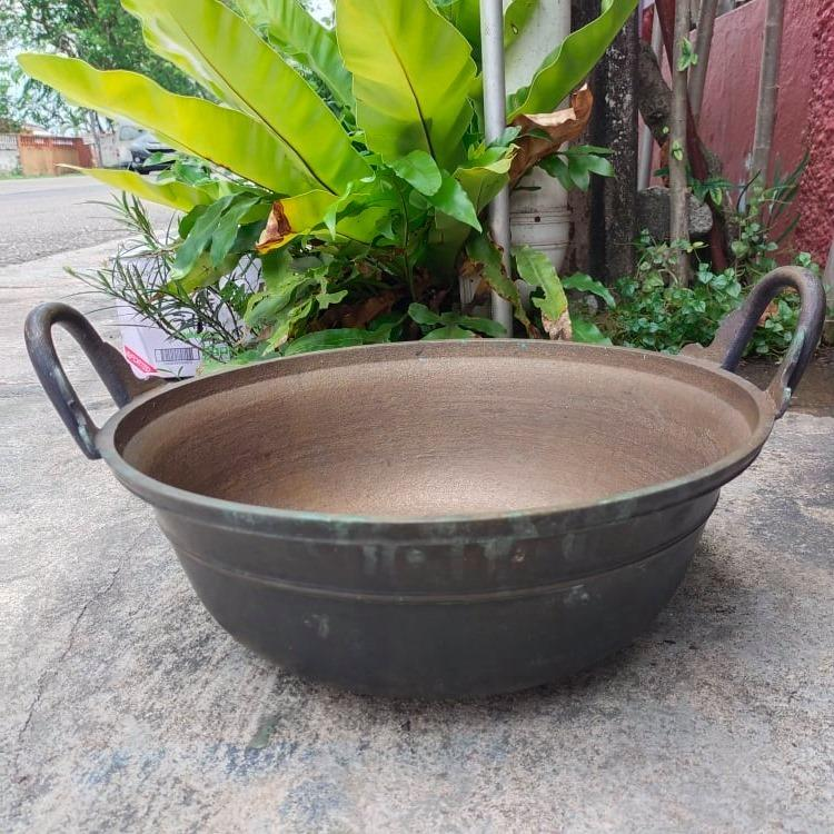 BER1 Antique Brass Kuali Tembaga Wok 16.2 Inches Traditional Vintage Collection Decoration Antik