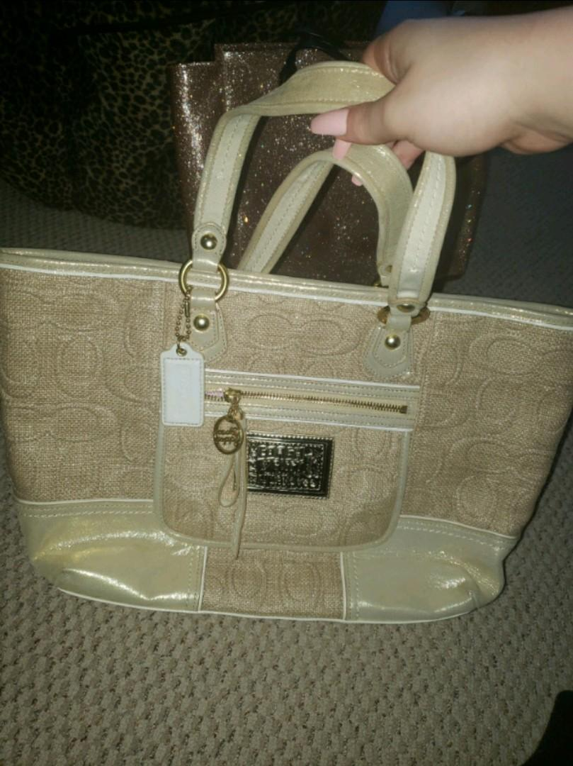 Brand new coach handbag not used