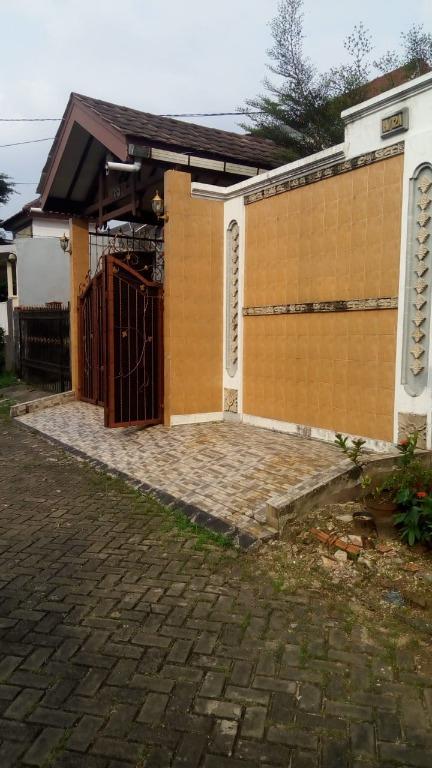 Dijual Rumah Full Furnished SUPER MURAH Di Sawangan Depok