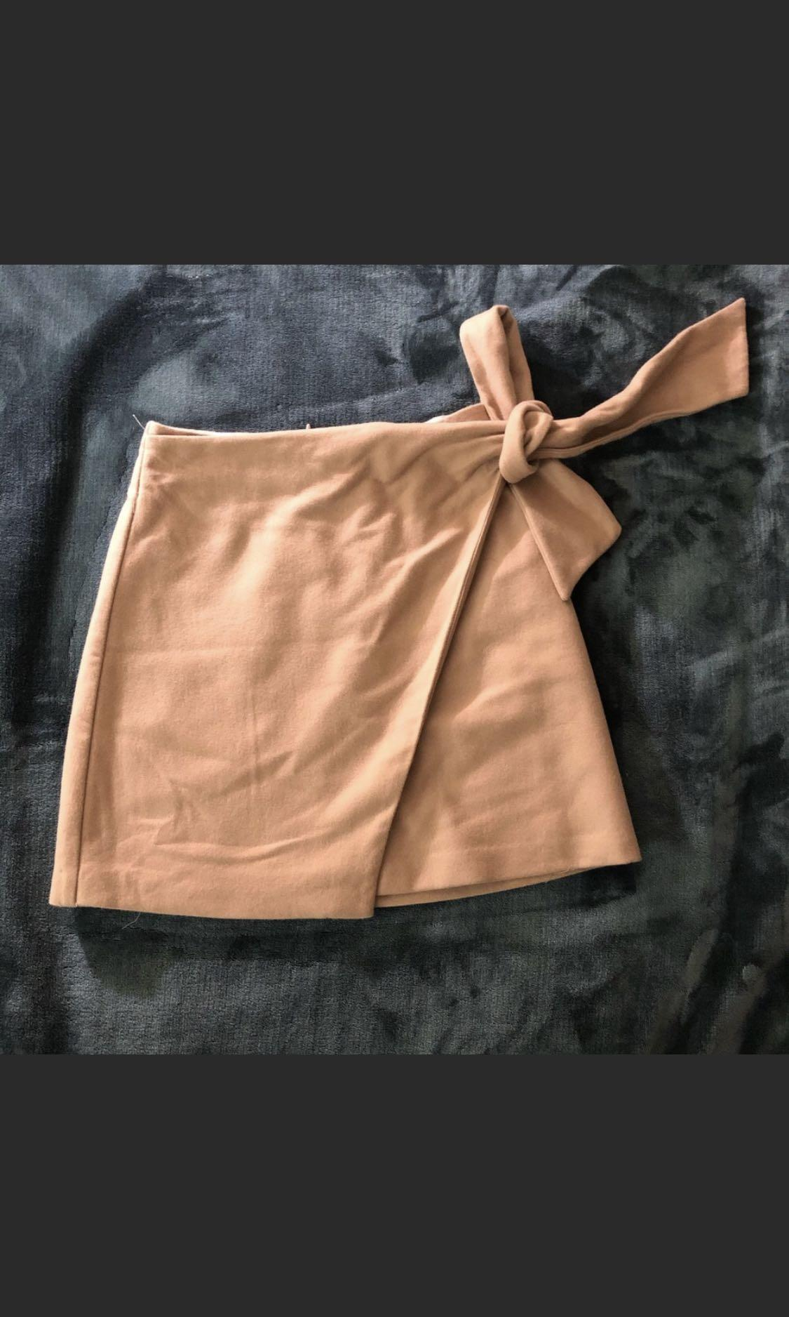 Wilfred front wrap skirt