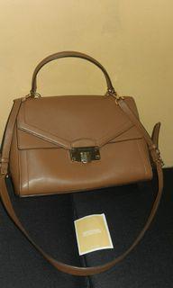 Authentic Michael Kors Kinsley bag