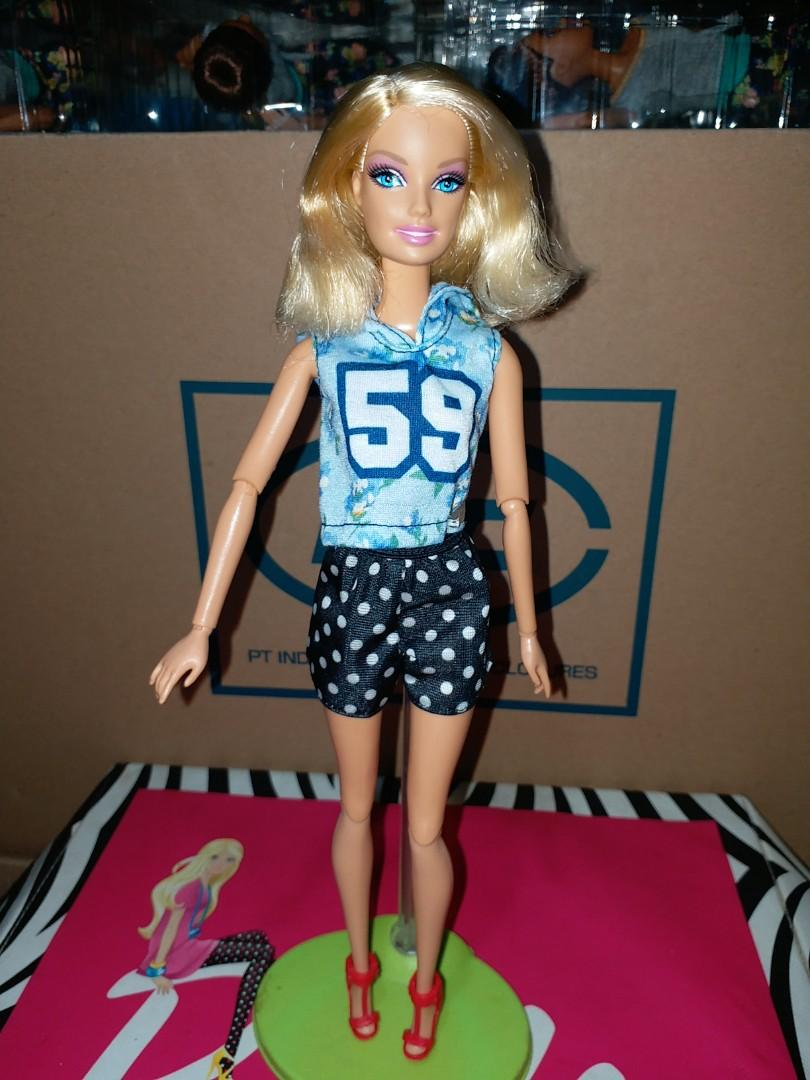 Barbie pivotal preloved mattel