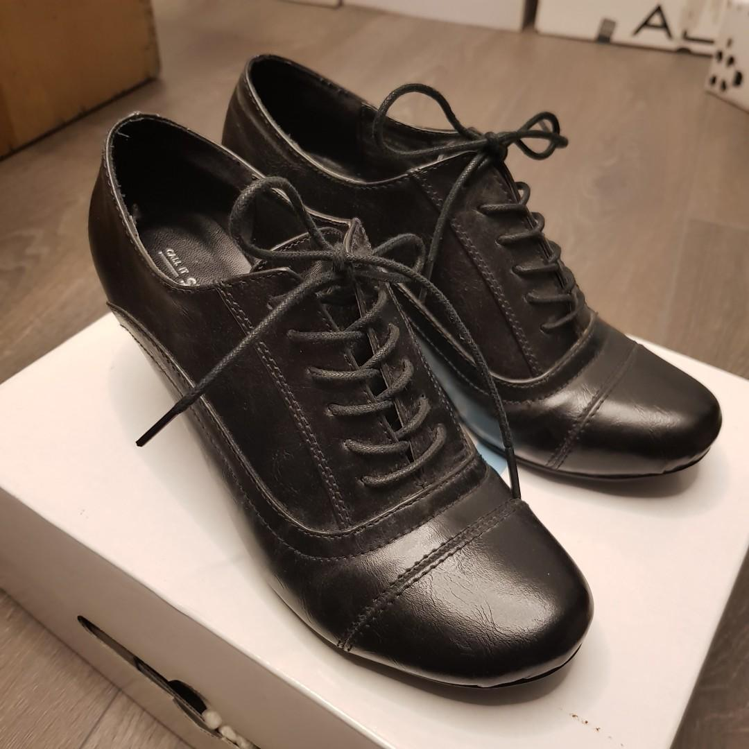 Heeled Black Oxford Shoes