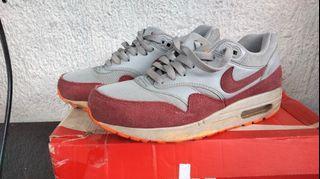 Nike air max 1 essentials