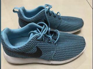 Original Nike Roshe Run shoes 36.5