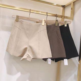 爆瘦高腰西裝短褲