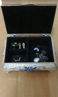 珠寶盒含配件