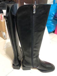 全新黑色及膝長靴 鞋碼23.5號