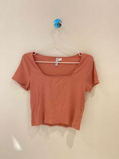 [搬家出清]方領顯瘦短版上衣 粉色