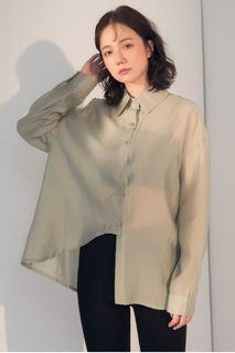 (全新) 斜切下襬透膚設計襯衫 春夏透透襯衫 淺綠色微光澤襯衫 尖領襯衫