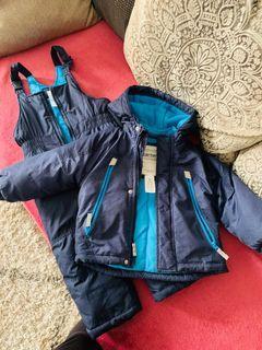 Boys carter 3T snowsuit full set