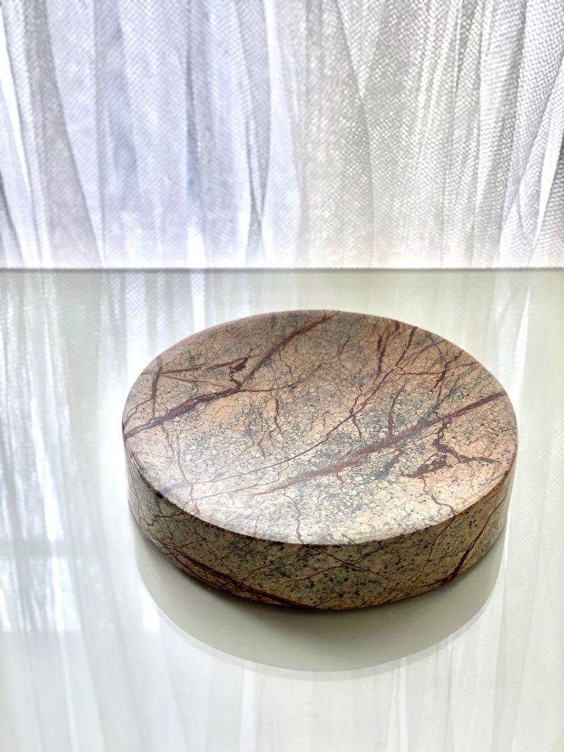 Exquisite concave marble-patterned paper weight key coin holder