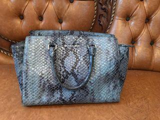 Michael kors leather snake skin