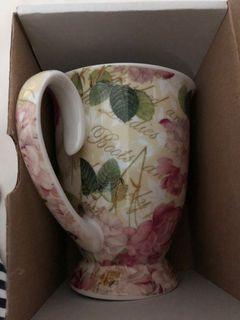 Stoke on Trent fine bone China mug