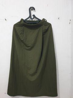 UNIQLO rok skirt bahan kerja army