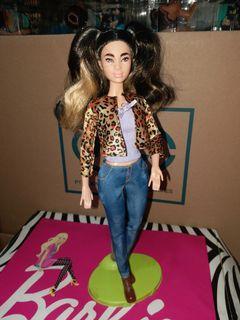 Barbie pivotal preloved