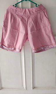 Celana pink santai