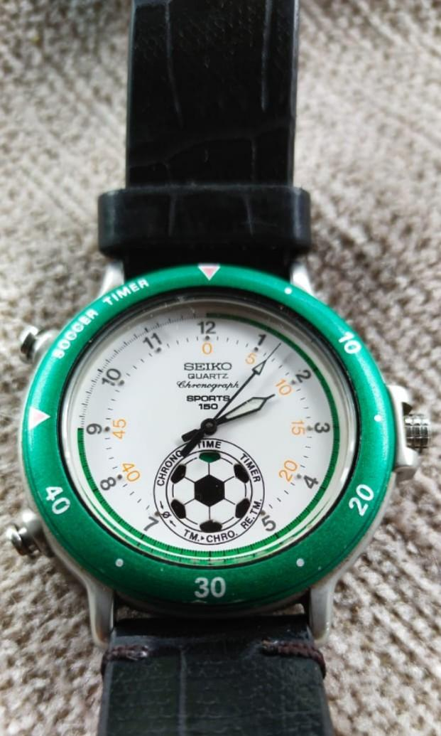 Rare and vintage seiko soccer chronograph 150M