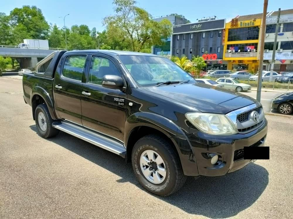 TOYOTA HILUX DOUBLE CAB 2.5MT 2009 YEAR