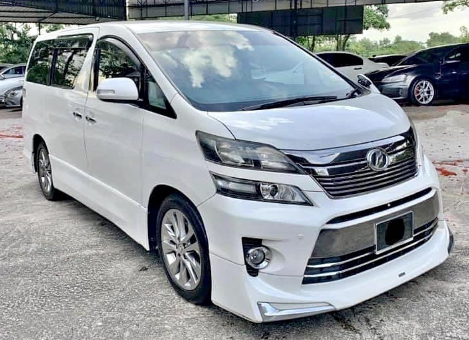 Toyota Vellfire 2.4 MODELISTA ( HIGH-SPEC )