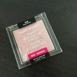 Authentic Wet n Wild Highlighter