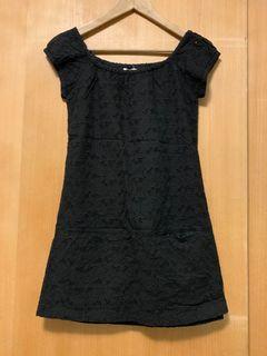 Net 黑色雕花短洋裝(有口袋)
