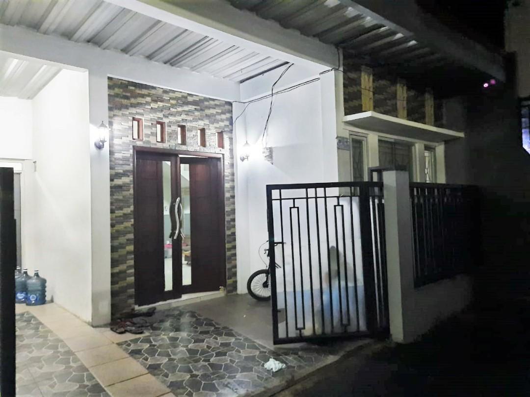 Rumah Minimalis 3 lantai di Kalisari Cijantung pasar rebo