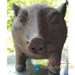Terakota Celengan Babi Majapahit Desain Babi Hutan