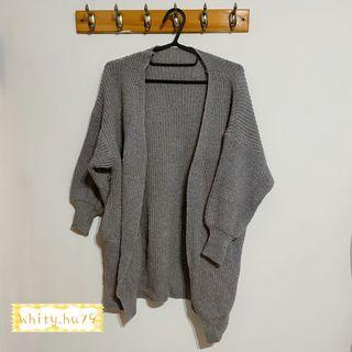 女 春裝 百搭灰色針織罩衫外套(有口袋)