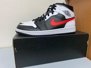 Air Jordan 1 MID 白黑紅