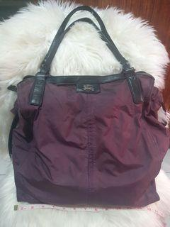 Burberry Buckleigh Nylon Tote Bag in Violet