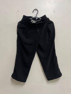 KODZ前排扣設計高腰打褶九分褲黑色M